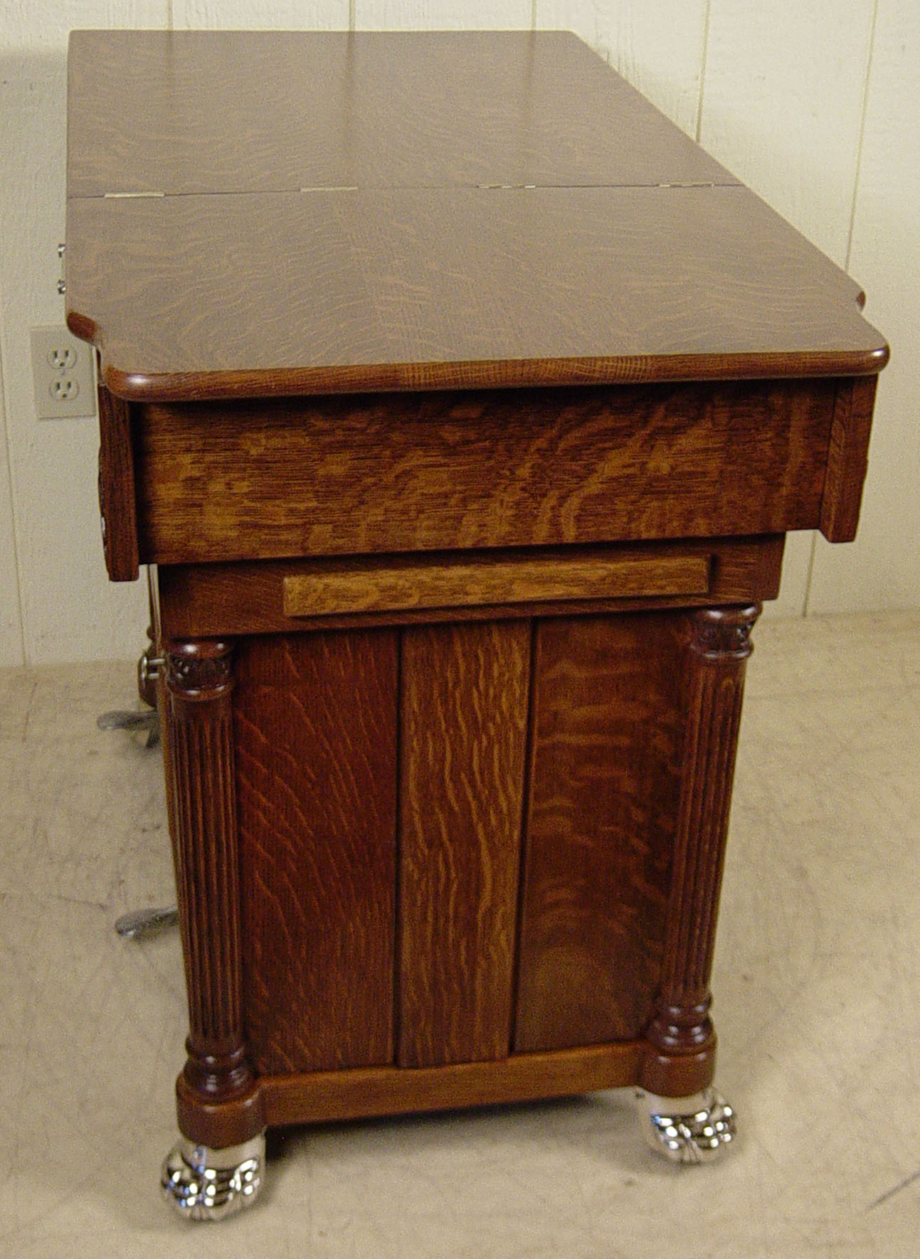 W D Allison Co Oak Doctor S Examination Table