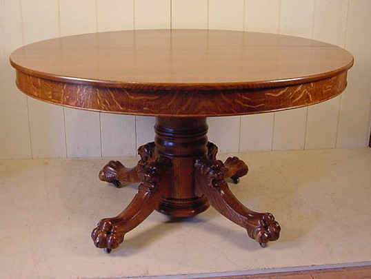 HASTINGS TABLE CO ROUND OAK CLAW FOOT TABLE W LION HEADS - Claw foot dining room table