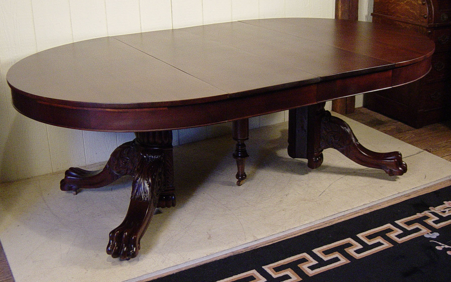 54quot Round Mahogany Claw foot Table with 4 orignal 16quot leaves : DSC00001 from www.dougschmittantiques.com size 1822 x 1137 jpeg 391kB