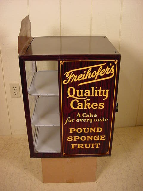 Freihofer S Quality Cakes Display Cabinet