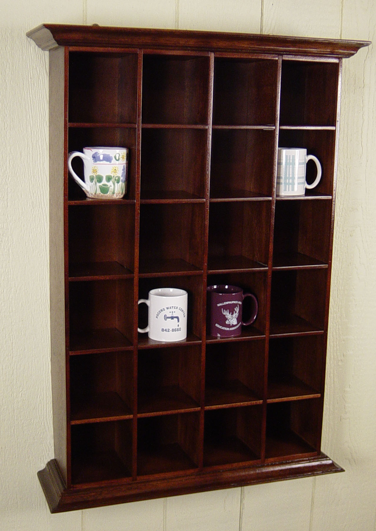 Mahogany Shaving Mug Rack